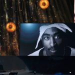 Alicia Keys, Snoop Dogg, YG & T.I. Pay rendent hommage à Tupac à l'intro du Rock and Roll Hall of Fame 2017